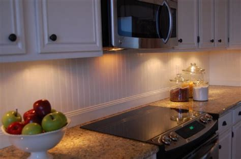 beadboard backsplash 9 kitchen pinterest french country cottage kitchen for the home pinterest