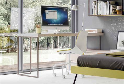 gambe per scrivania scrivania con gambe in metallo kios clever it