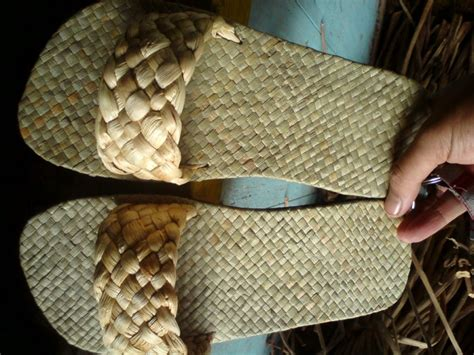 Sandal Hotel Anyaman meningkatkan kelas hotel motel villa rent dengan sandal