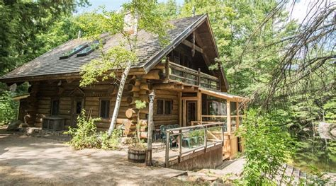 Ontario Cottage Real Estate by Canadian Artist Selling Stunning Ontario Cottage To