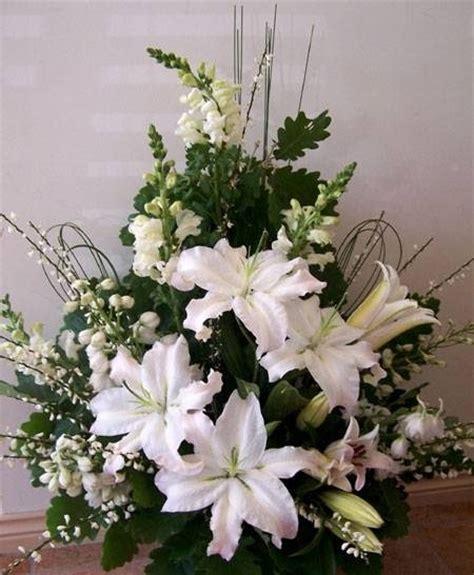 fiori per composizioni floreali composizioni floreali chiesa fiorista