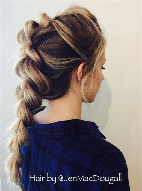 simple and versatile hair style 25 best ideas about cute braided hairstyles on pinterest