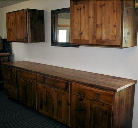 Barnwood Cabinets by Reclaimed Barnwood Kitchen Cabinets Barn Wood Furniture