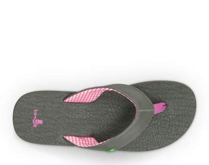 the most comfortable flip flops ever best 20 comfortable flip flops ideas on pinterest best