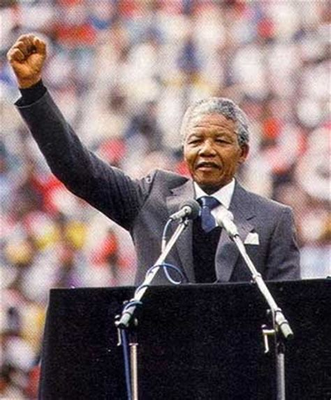 a brief biography of nelson rolihlahla mandela nelson mandela biography wyzant resources