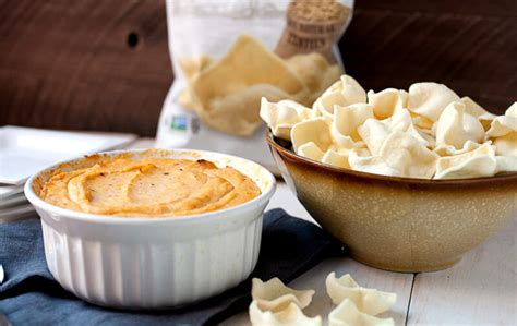 Simply7 Lentil Chips White Cheddar white cheddar lentil chips simply 7 snackssimply 7 snacks