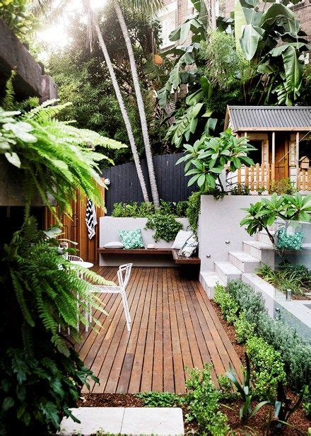 garden inspiration best 20 tropical patio ideas on pinterest
