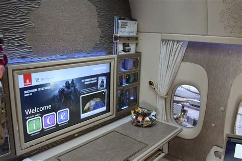 emirates virtual windows here is emirates new boeing 777 airbus a380 first class