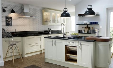 wren kitchen cabinets 1000 images about wren s shaker kitchens on pinterest