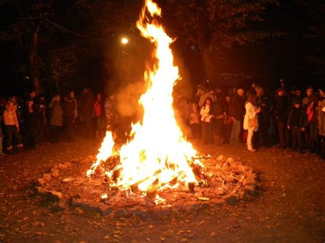 bonfire night party promises fireworks and food to raise money for charity light into europe