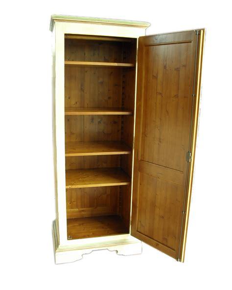 armadio vecchio armadio abete vecchio laccato a mano e invecchiato la