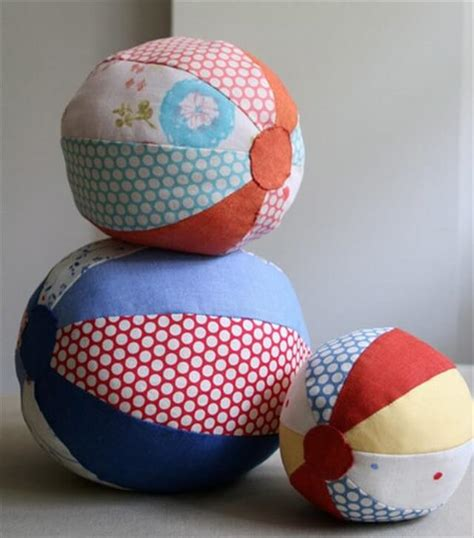 pattern for fabric ball 23 diy simple gifts for your babies diy to make