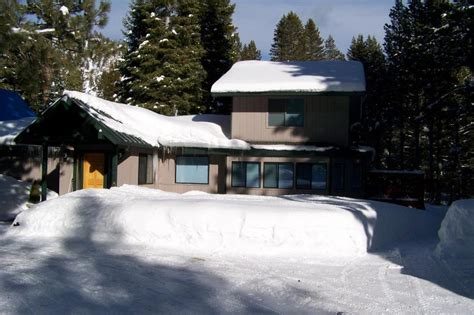 south lake tahoe boat rental rates tahoe river house vacations and boat charters south lake
