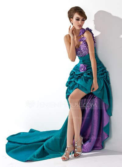 jen jen house still in need of a prom dress check out jen jen house prom gowns