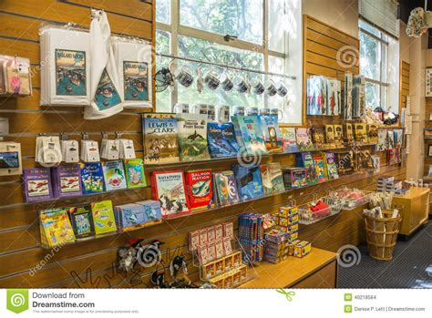 Seattle Giveaways - seattle ballard locks tourist gift shop souvenirs editorial stock image image 40218584