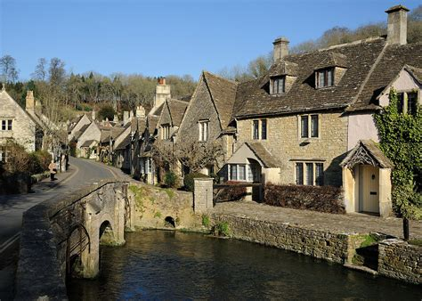 best villages in the cotswolds the top five best cotswold villages to visit