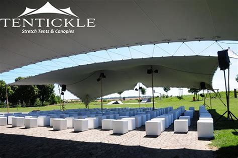 Take Great Event Photos with a Stretch Tent