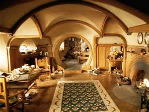 Hobbit Home Interior by Best 25 Hobbit Houses Ideas On Pinterest Hobbit Home