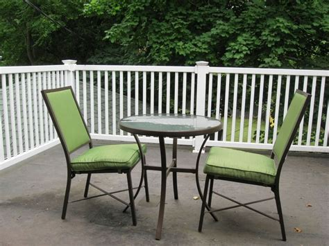 Balcony Furniture Ideas by Exterior Simple Balcony Furniture Ideas With 2 Wicker