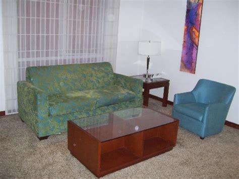 the ugly sofa pavillion royal entrada principal picture of pavillon