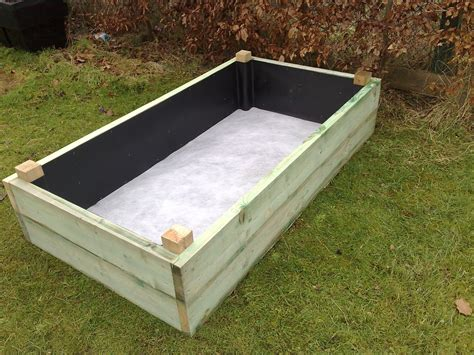 garden bed liner planter box with liner on and insitu with geotextile liner