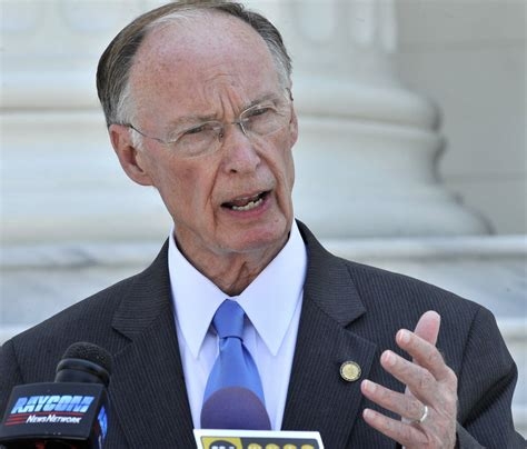 robert bentley gov robert bentley says alabama won t support sanctuary