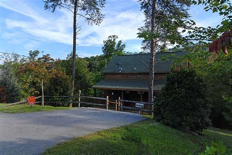 secluded cabins and chalets in pigeon forge tennessee