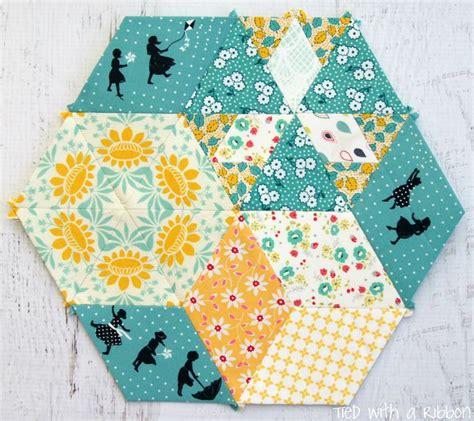 Piecing Patchwork Patterns - 25 unique paper piecing ideas on what