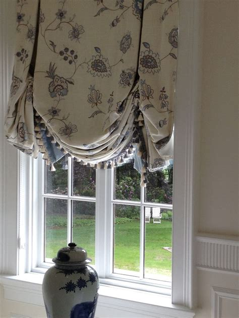 Balloon Shades For Windows Inspiration 17 Best Images About Window Treatments On Balloon Shades Shades And Valance Ideas