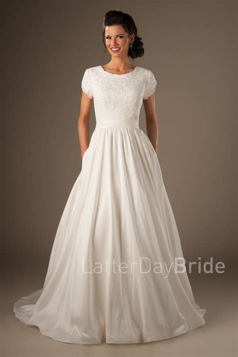 Modest Wedding Dresses by Modest Wedding Dresses Joleen