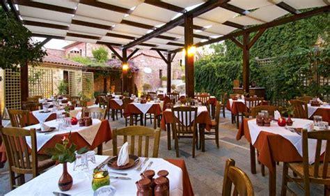 Garden Decoration Johannesburg by Top Outdoor Restaurants In Joburg Joburg