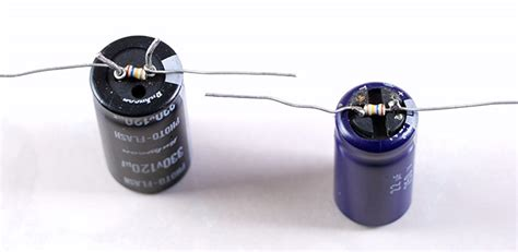 capacitors resistors flasher