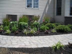 Home Depot Front Yard Design Decor Tips Front Yard With Driveway Pavers And Paver
