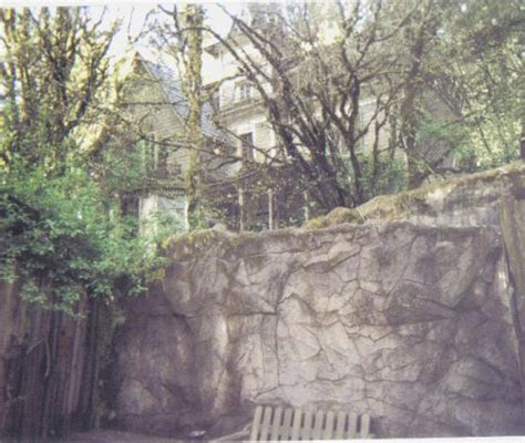 enchanted forest haunted house storybook castle picture of enchanted forest theme park salem tripadvisor