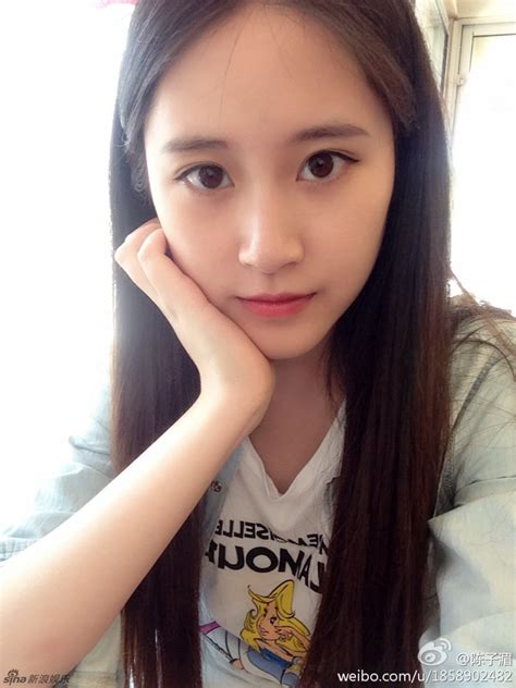 underage japanese child models 美女学生会副主席走红 五官漂亮气质出众 新闻中心 中国网