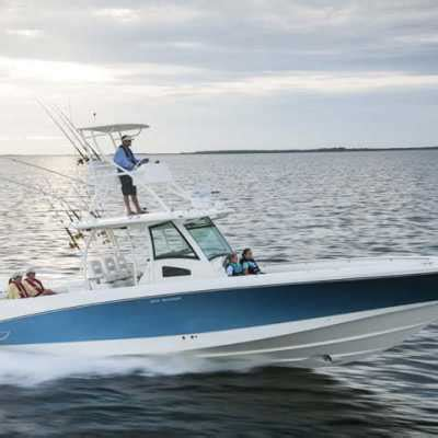 boat brands similar to boston whaler boston whaler 370 outrage boat specification boston