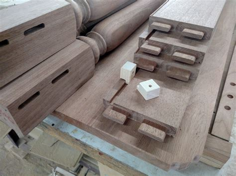 attaching  table top   base   school buttons