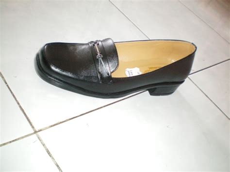 Sepatu Boots Berhak bursa sepatu toko sepatu tempatnya sepatu murah
