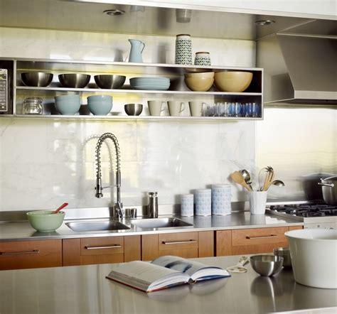 mensole cucina design mensole per cucina piani d appoggio per attrezzare le pareti
