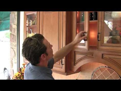 adjusting kitchen cabinet doors how to adjust kitchen cabinet doors youtube