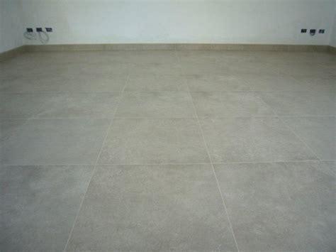 piastrella rettificata pavimento gres 60x60 rettificato gabbatore mattia
