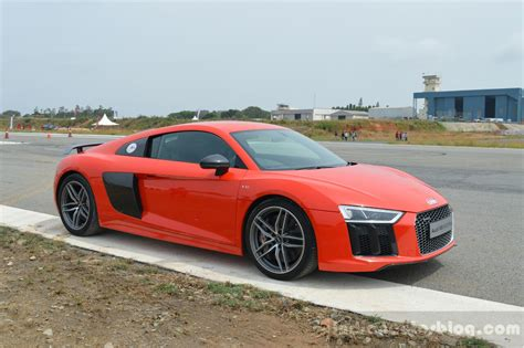 new audi r8 v10 plus audi driving experience with the audi r8 v10 plus