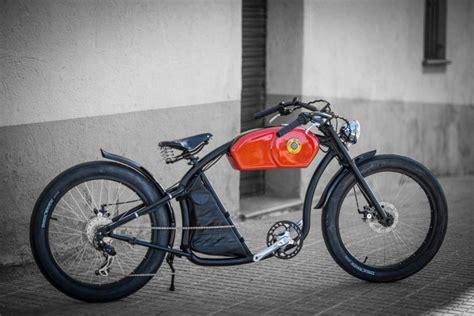 elektrische fiets geinspireerd op cafe racers  awesome