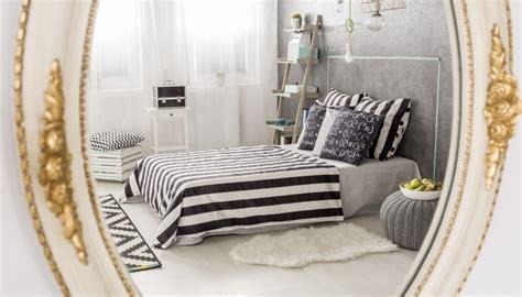 spiegel für schlafzimmer spiegel im schlafzimmer aufh 228 ngen tipps ideen f 252 r