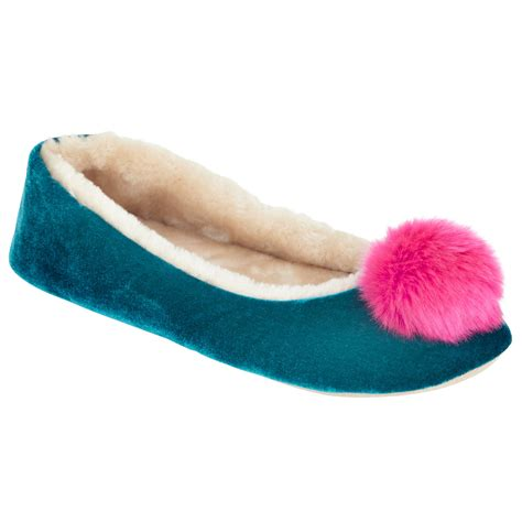 pomeranian slippers pom pom slippers 28 images heatons pom pom slipper slippers pom pom slippers