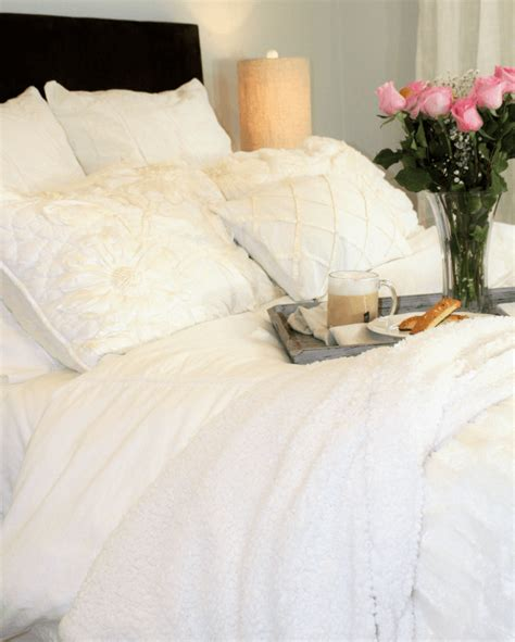 Why You Should Always Buy White Bedding Even With Kids | why you should always buy white bedding even with kids