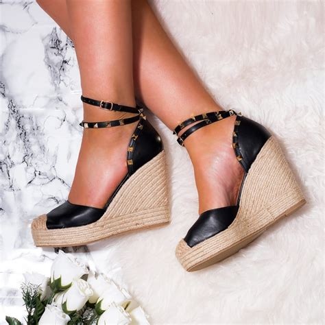 Sandal Wedges Dh196 Hitam 23 tanami black strappy sandals shoes from spylovebuy