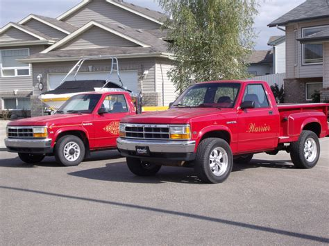 Dodge Dakota Lil Red Express:picture # 6 , reviews, news