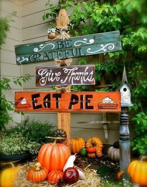 how to make decorations for outside 30 eye catching outdoor thanksgiving decorations ideas