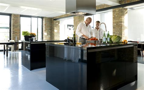 kleine wohnküche luxus k 252 che mit kochinsel